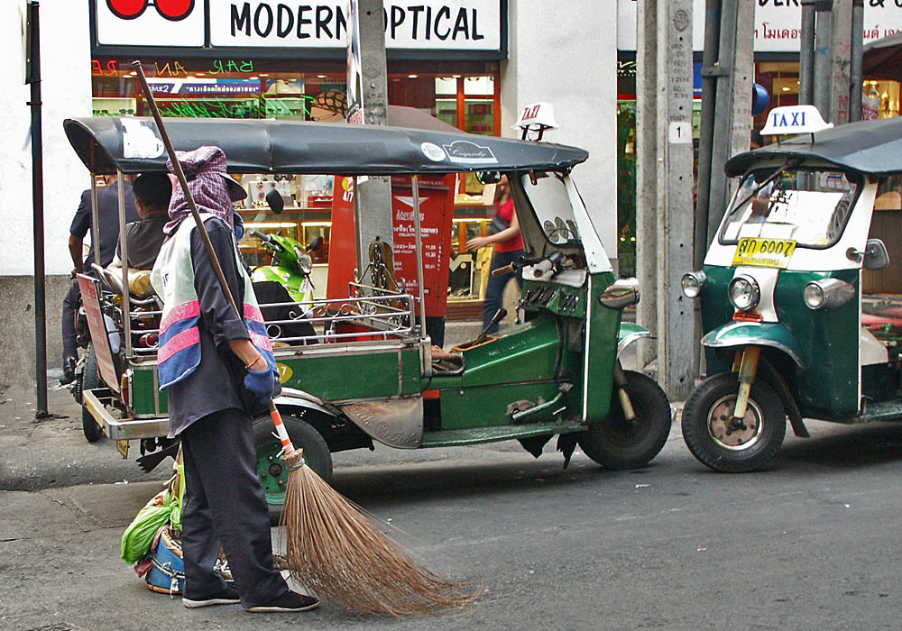 photoblog image The Street Sweeper