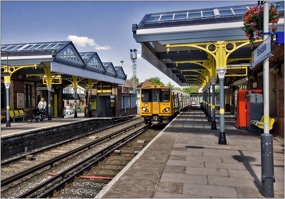 photoblog image Birkdale Station......