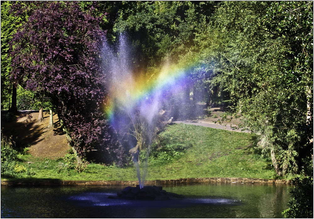 photoblog image The Rainbow in the Fountain