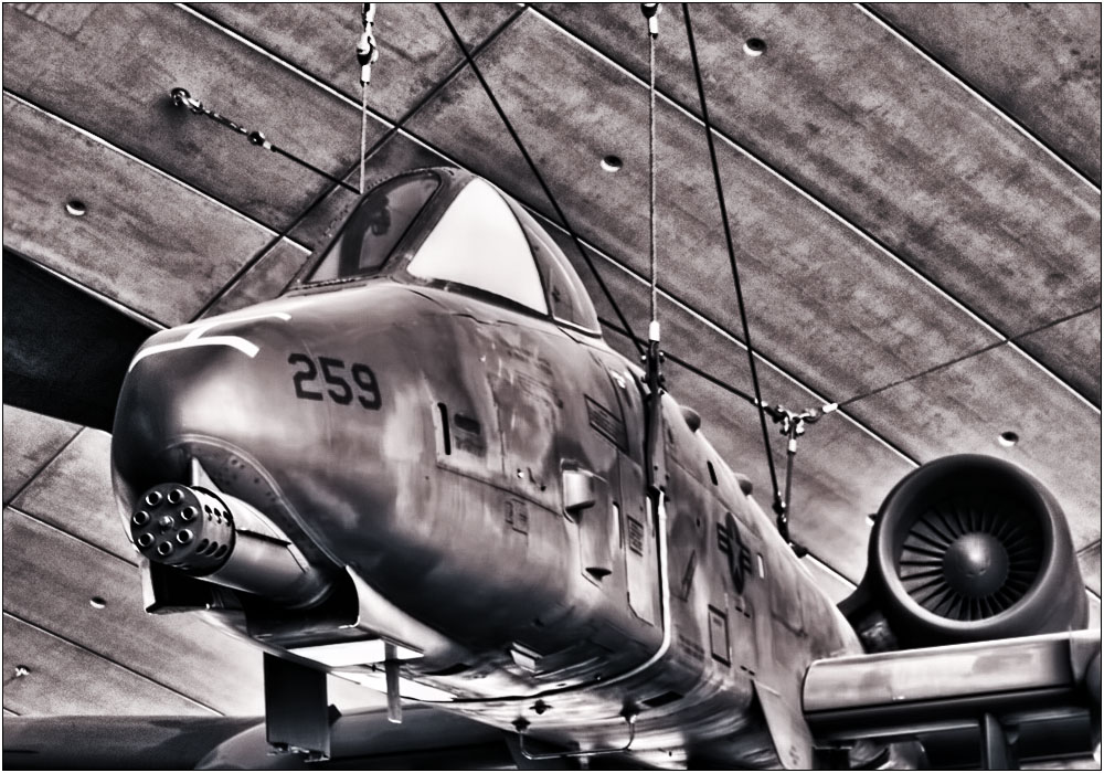 photoblog image In the American Air Hall at Duxford