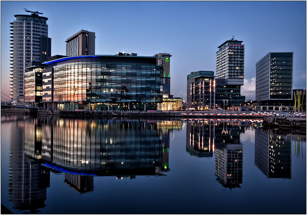 photoblog image The New Build at Salford Quays
